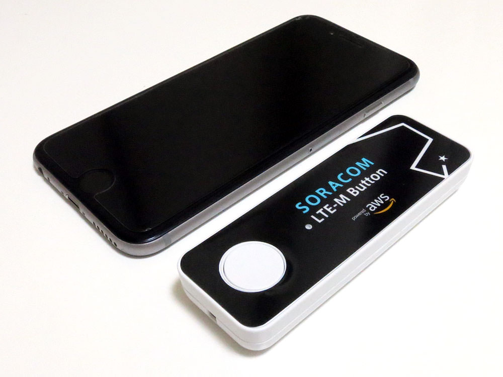 iPhone 6とサイズ比較。